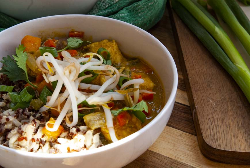 Easy Coconut Curry- The Seasonal Junkie