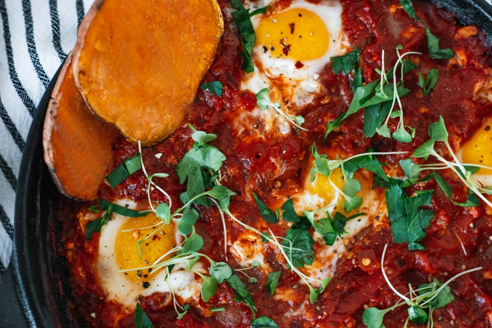 Close up of Whole30 Shakshuka